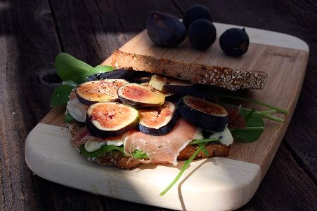 Figs-And-Prosciutto-Blue-Cheese-Basil-Honey-Sandwich-6